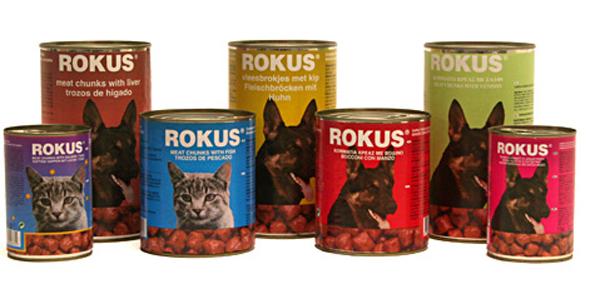Natte honden- en kattenvoeding